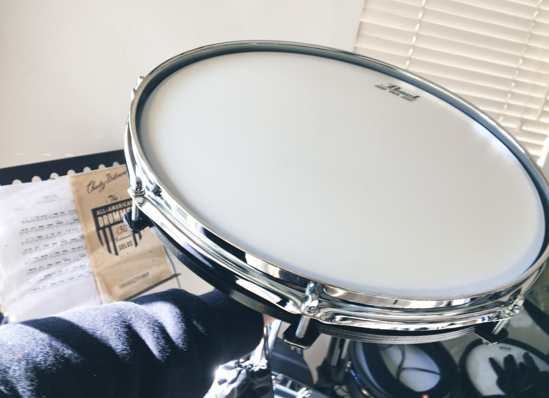 ドラムヘッドの練習パッド