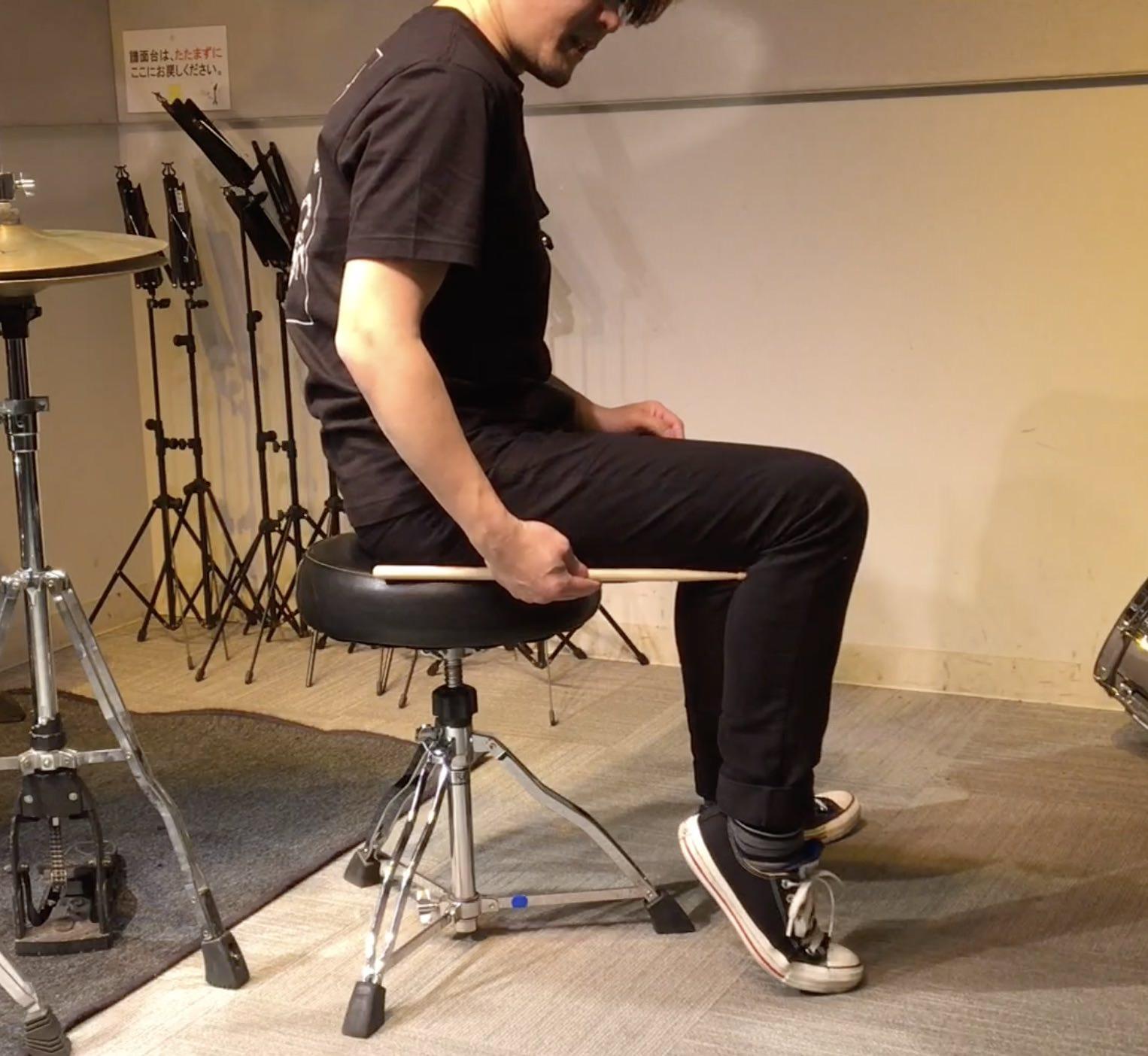 ドラムの椅子の高さ